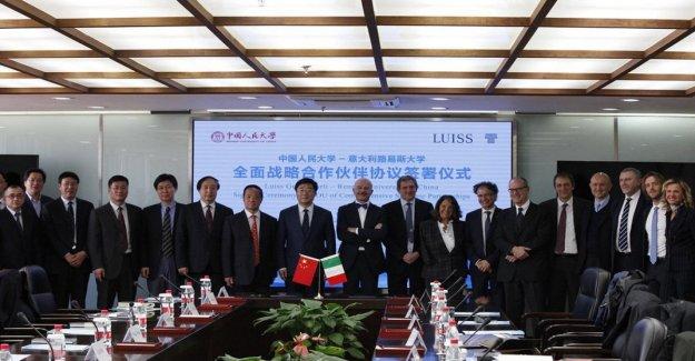 China e Italia acercando más y más. Delegación de la universidad Luiss de Beijing para colaborar con la homóloga china