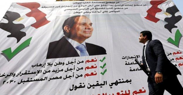 Egipto, al Sisi gana el referéndum, permanecerá en el poder hasta el año 2030. Los Derechos humanos: los Resultados, sin legitimidad