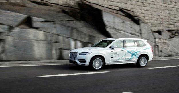 El coche es autónoma, Uber empuja fuerte en el programa