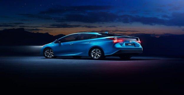 En los concesionarios el nuevo Toyota Prius AWD-la