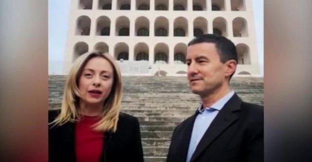 Europea. Melones: Caius Julius Caesar, el bisnieto de Mussolini, candida con los Hermanos de Italia