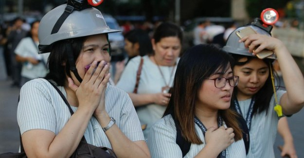 Fuerte terremoto en Filipinas, el pánico en Manila