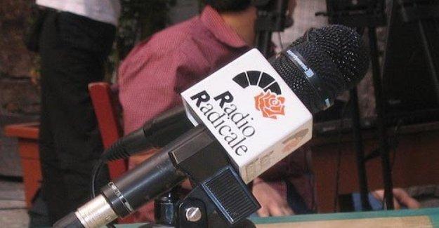 Guardar Radio Radical: la Dp y se une a la apelación de la República. Pero Bonafede, defiende la línea de Crimi
