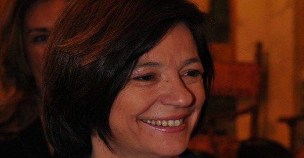 Investigado, Brindisi líder del M5S a la Europea Mariangela Danzì. La encuesta es irrelevante, permanece donde está