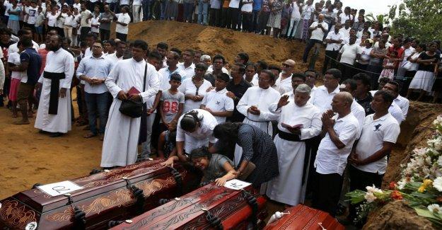 Sri Lanka, las lágrimas y la ira en los funerales de las víctimas: ¿por Qué nos dejan morir de esta manera?
