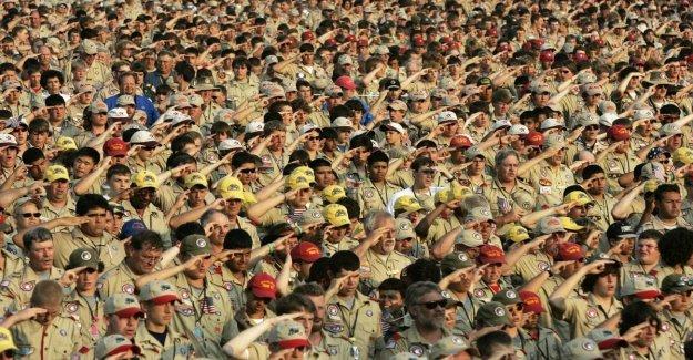 Uso, abuso escándalo: Más de 12 mil boy scouts molestados
