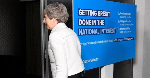 Brexit, nada de entendimiento (mou) entre Mayo y Corbyn: insuperables diferencias y divergencias