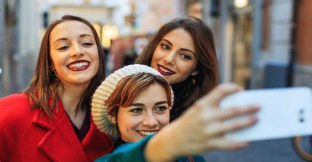 Efecto selfie, que distorsiona la percepción de la imagen de los millennials
