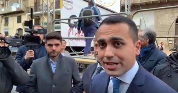 Gobierno, Di Maio: Salvini no quiere una cumbre. Después de Siri ha tomado en el personal. Salvini: Demasiado armonía entre el Pd y el M5S