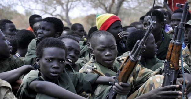 Nigeria, cerca de 900 niños fueron liberados de los grupos armados en el norte del oriente del País