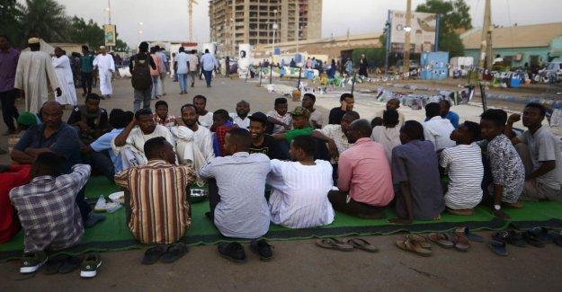 Sudán, el acuerdo para la transición de poder. Las protestas no paran: 6 muertos