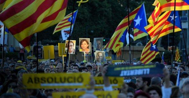 Cataluña, cerrado el juicio a los líderes de la independencia. La fiscalía pide penas de hasta 25 años