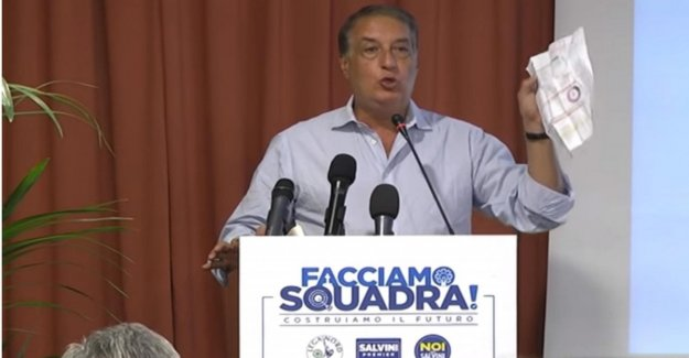 Dejar de Pablo Arata, Morra convoca a Salvini en la lucha contra la Mafia con urgencia