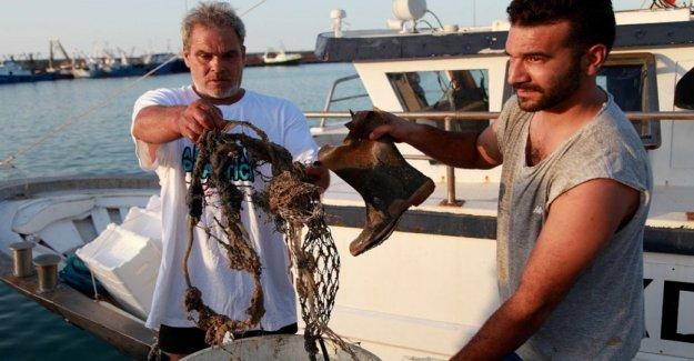 Entre los pescadores de San Benito: somos el único carroñeros de la mar