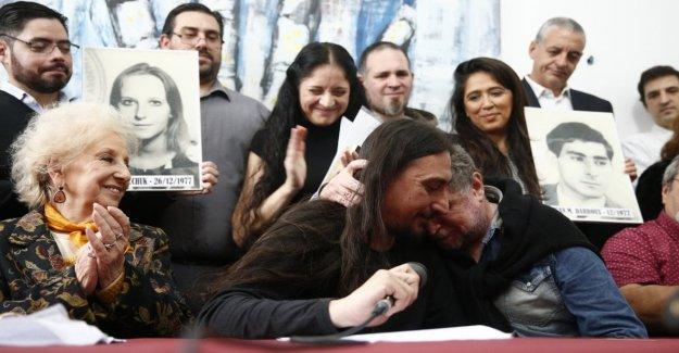 Javier, el hijo de los desaparecidos, encuentra a su tío después de 40 años: el abrazo se mueve Argentina