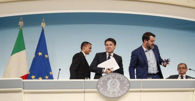 La cumbre de gobierno entre Conte, Tria, Salvini y Maio