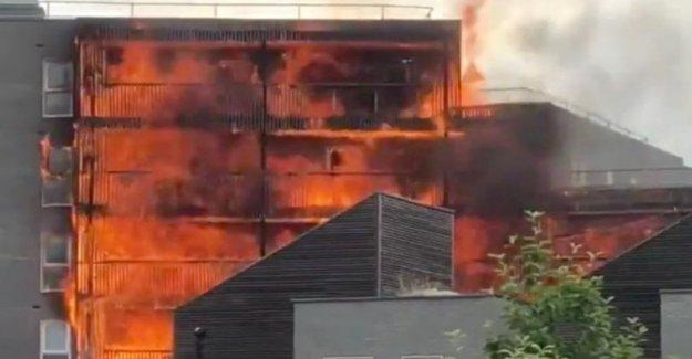 Londres, un incendio en un edificio en la zona oriente de la ciudad