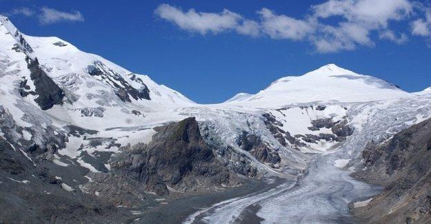 Los alpes, los glaciares, la más septentrional de Italia retirarse