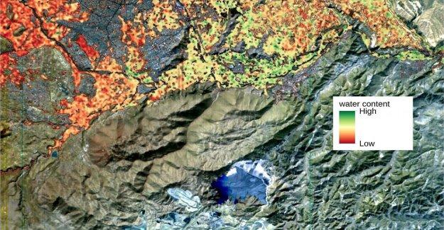 Por los incendios en Irak, que el estado de el Lago Trasimeno. Aquí están las primeras imágenes de la italiana satélite, Prisma