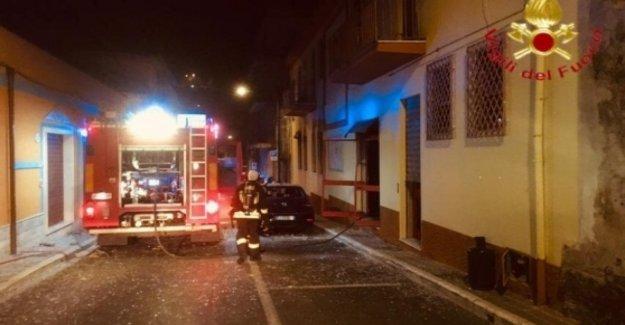 Cerdeña, el ataque contra la sede de la Ep en Dorgali. Quemado de coche, el alcalde dem Cardedu