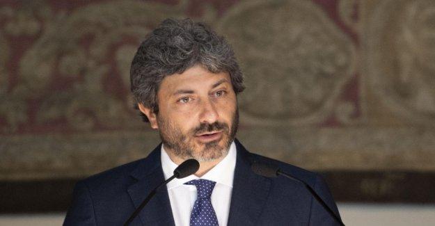 De seguridad decreto bis, aut aut de Salvini a M5S: Sí a las enmiendas o detener el trabajo. Y los ataques de Fico