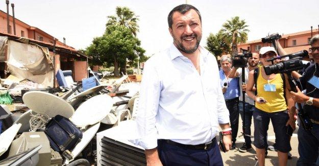 El gobierno, Salvini: me han propuesto el nombre de la ministra para Asuntos de la Ue en el Recuento, de aspecto, de aceptar