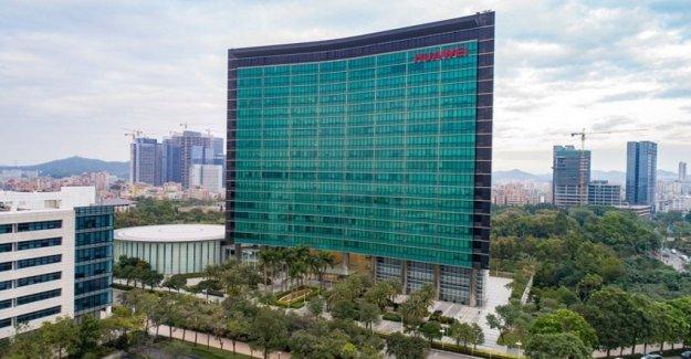 Estados unidos-China, la ex-militar entre los empleados de Huawei. El coloso: Conjeturas, comprobamos el pasado de todos los candidatos