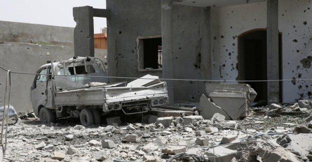 Libia, los misiles, los franceses sobre la base de Haftar. La vergüenza de París, que la confirmación de