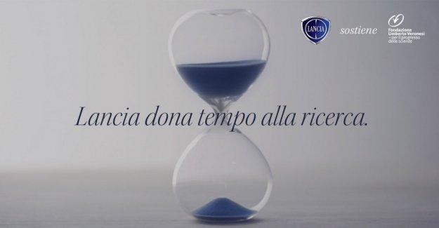 Lo maravilloso de una palabra: así la Lanza ayuda a la Fundación Umberto Veronesi