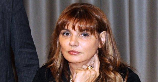 Policía mató, Renzi contra Baldini (Ied): se me acusó, dimite. Petición Online para pedir que deje