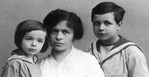 Una licenciatura a título póstumo a la esposa de albert Einstein, el científico olvidado