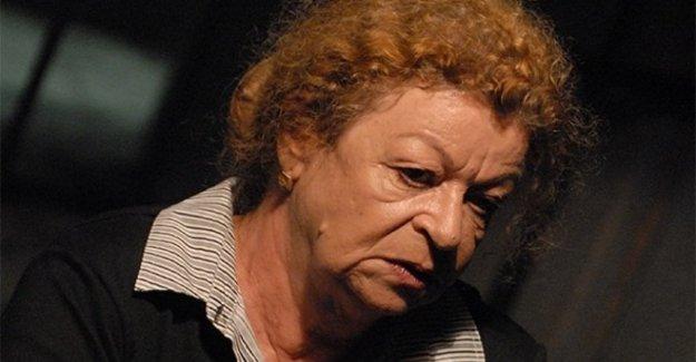 está muerto Barbara Valmorin, en el teatro, Ronconi y el cine, Sorrentino y giovanni Soldini