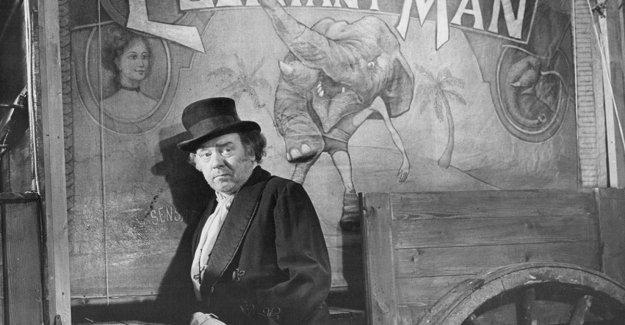 está muerto, Freddie Jones, dueño del circo de la 'Hombre Elefante'