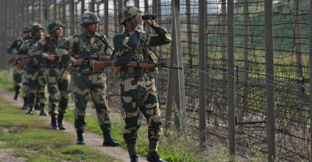 Alerta de terrorismo en Cachemira, evacuaron a más de 20 mil turistas