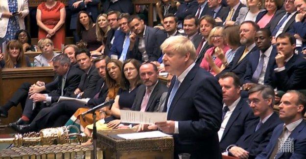 Brexit, sensacional Johnson: cerrar el Parlamento hasta el 15 de octubre. La reina involucrados