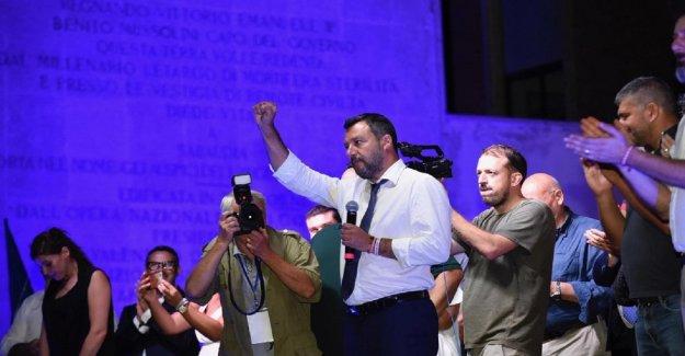 El caos del gobierno, Salvini en Sabaudia: La Liga no quiere que las sillas, pero algo se rompe en la mayoría