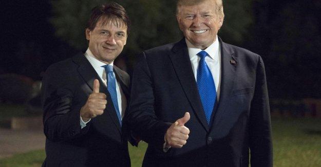 G7, la Cnn revela: Earl con cara de Triunfo en la vuelta a Moscú, en el club de los Grandes