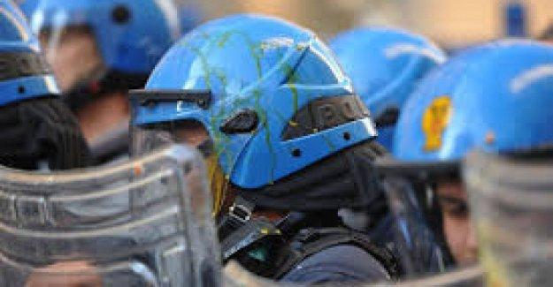La lucha por la Amnistía para los códigos de identificación de las fuerzas del orden: Para proteger a los ciudadanos