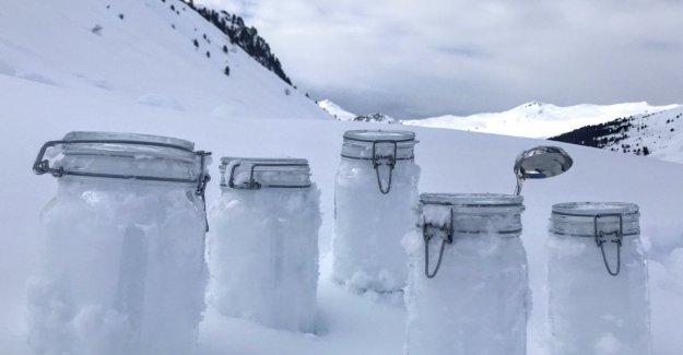 Micro-plásticos en la nieve): usted puede encontrar partículas, desde los Alpes hasta el Ártico