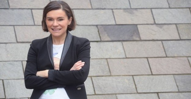 Pd, Elisabetta Gualmini ataque a la salida es: Espero que no tenga el terror de perder el lugar