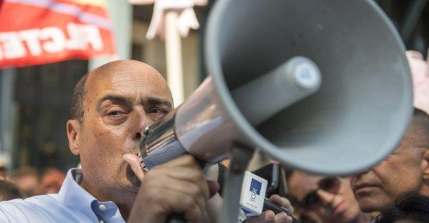 Pd, Zingaretti: Recogemos firmas para la dimisión de Salvini. En la parte que el reto de las peticiones
