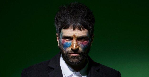 Pizzorno hizo su debut como artista en solitario. No sólo la evasión. Pero no te preocupes, Kasabian no se derrite