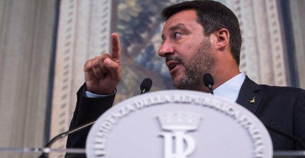 Salvini pagar el gobierno de la encuesta, la Liga en decadencia. A los votantes de que el M5s es la comprensión de la Pd es débil