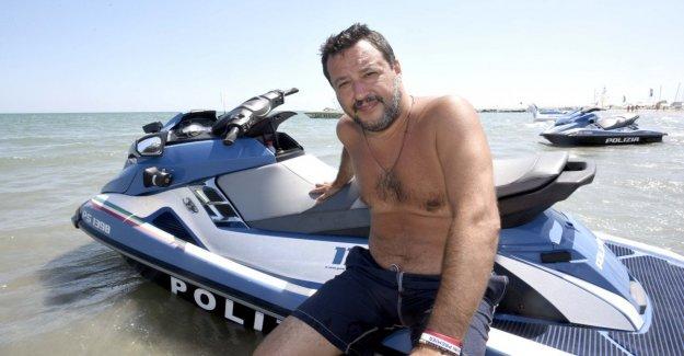 Si el movimiento del agua, Salvini insultar a los cineastas de la República, Lo Muzio: Ir y llevar a los niños, es un especialista