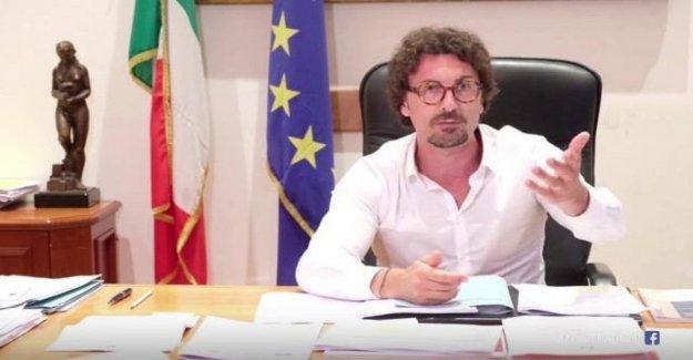 Toninelli: La Canaleta será, la Liga de la paz y de pensar de su harakiri