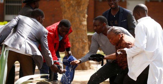 Zimbabwe, en protesta contra el hambre y la crisis económica. Los enfrentamientos con la policía