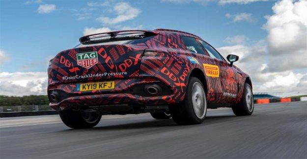 Aston Martin DBX, en diciembre, el debut