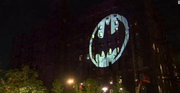 Batman celebra 80 años: las ciudades del mundo se celebra mediante la proyección en la noche, el Murciélago de la Señal