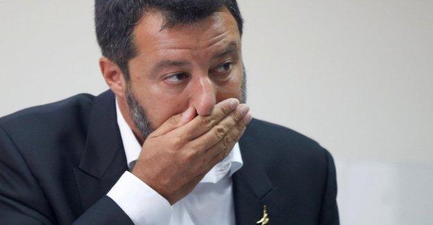 El gobierno, Salvini a Mattarella: No se ríen?. Y da la tarjeta de informe a los nuevos ministros