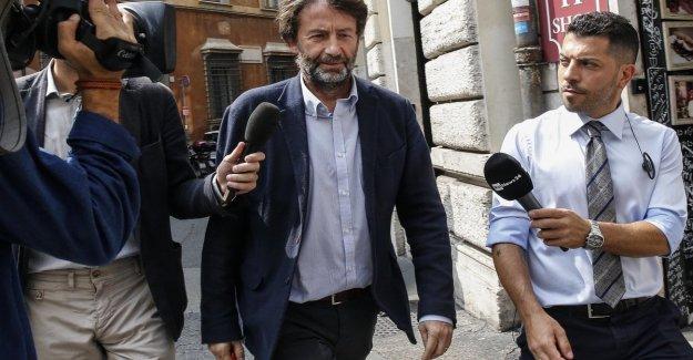 El gobierno, Zingaretti dice alianzas regionales con el M5s. Pero el grillini rechazar la oferta